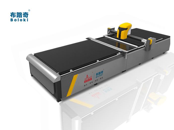 布路奇电脑裁床BL-X01针梭两用型